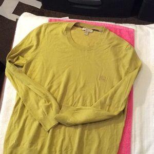 Burberry light weight sweater